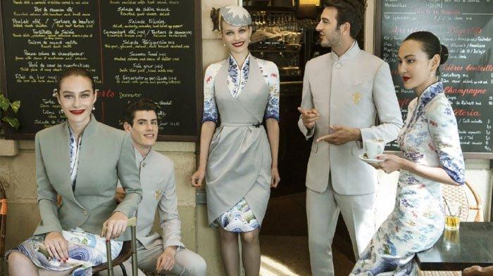 6 Seragam Pramugari Paling Stylish, Ada yang Kenakan Pakaian Tradisional