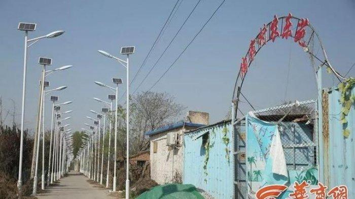 Seribu lampu di gang sempit sebuah desa di China