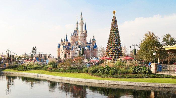 Shanghai Disney Resort Dibuka Secara Bertahap, Pengunjung Diminta Kenakan Masker
