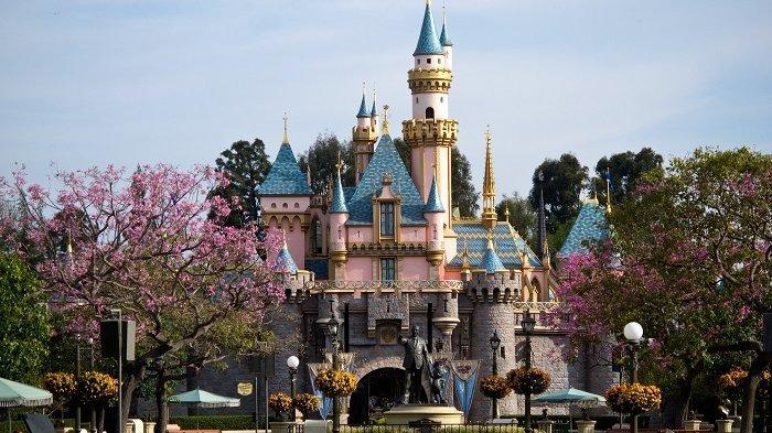 Disneyland Berhentikan Pemesanan Kamar Hotel hingga Akhir Tahun, Ini Alasannya