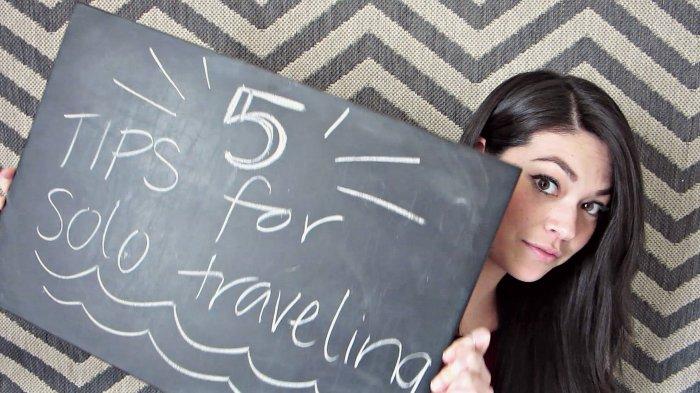 Tips Traveling - Jangan Sampai Ketinggalan! Ini 5 'Travel Gear' yang Wajib Dibawa Solo Traveler
