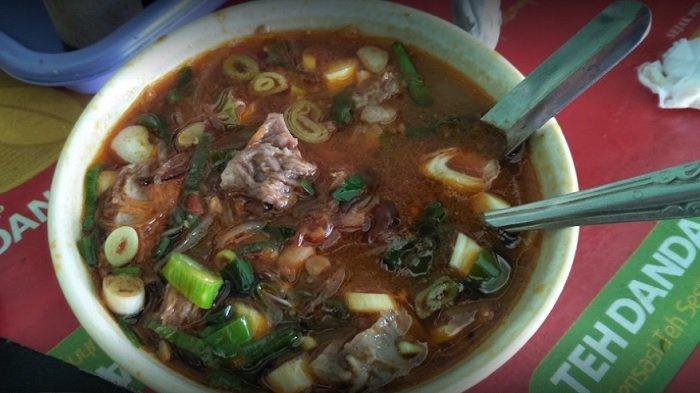 Soto Tauto Haji Rochmani, rekomendasi tempat makan siang di Pekalongan