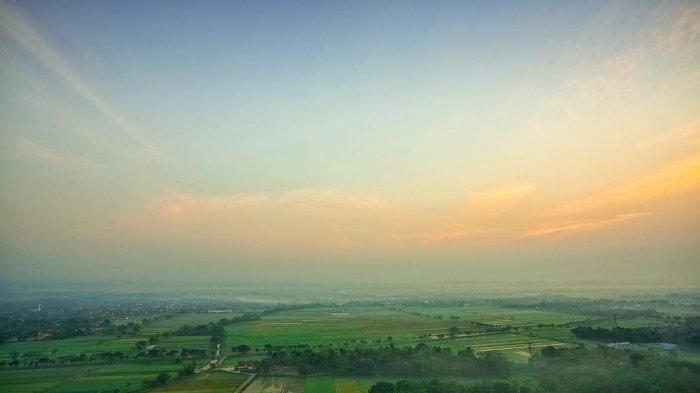 Berburu Sunset Di Jogja Datanglah Ke Spot Riyadi Yang Dekat Dari Candi Prambanan Halaman All Tribun Travel
