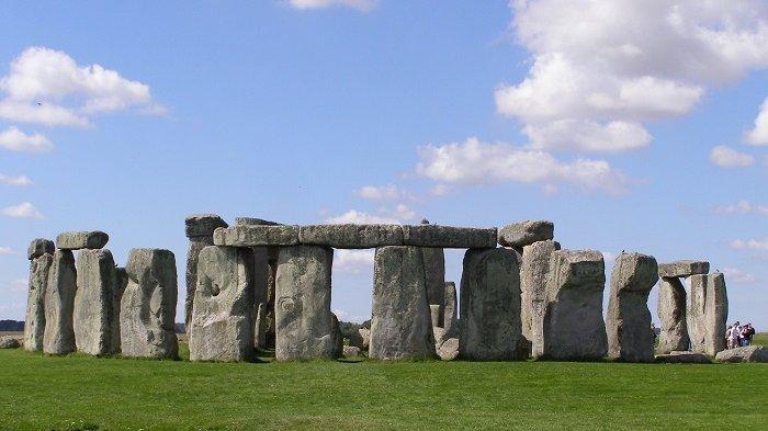 Arkeolog Temukan Bukti Bahwa Stonehenge Pertama Kali Didirikan di Wales