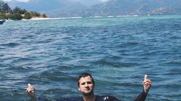 Stuart Collin Kunjungi Pantai Kelingking, Inilah 5 Objek Wisata Menarik Lainnya di Nusa Penida