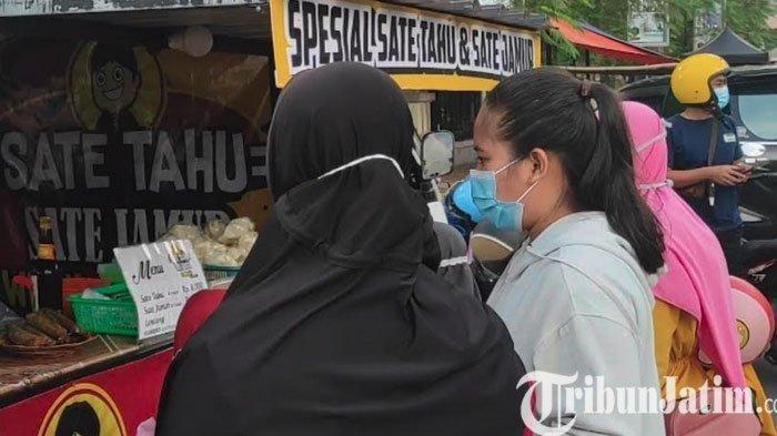Jalan Suromenggolo jadi Tempat Favorit Warga Ponorogo buat Ngabuburit Sambil Berburu Takjil