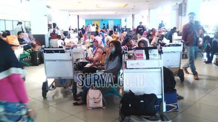 Penumpang di Bandara Juanda Keluhkan Harga Tiket Pesawat yang Mahal