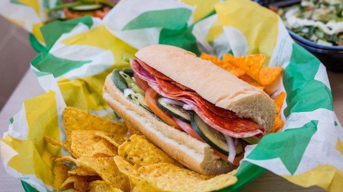 Tak Lagi Gunakan Olahan Daging Babi, Subway Singapura Dapatkan Sertifikat Halal dari MUI