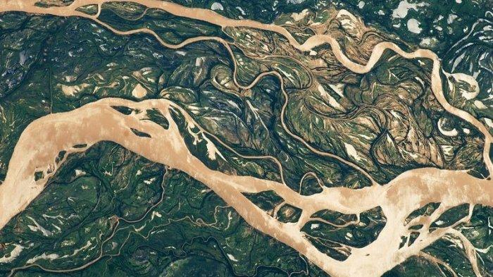Bukan Karya Seni 10 Bencana Banjir Di Negara Ini Menjelma Bak