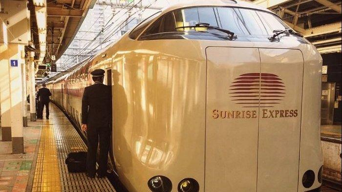 Potret Kereta Api Sunrise Express, Transportasi yang Mirip 'Hotel Berjalan' di Jepang