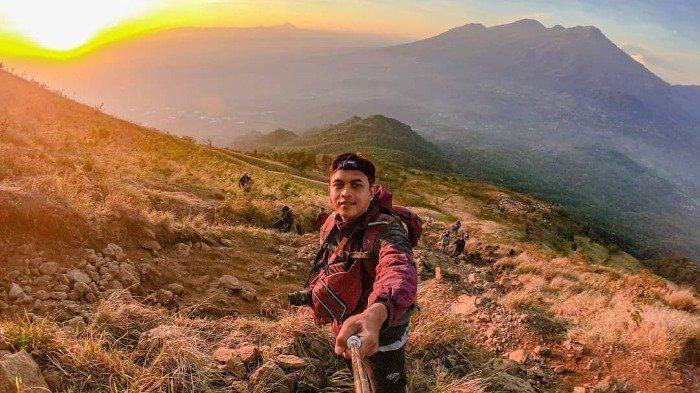 Menikmati Sunrise di Bukit Lincing, Jalur Pendakian Gunung Arjuno via Lawang Malang