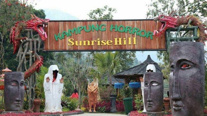 Kampung Horor salah satu spot foto seru di Sunrise Hill Bandungan.