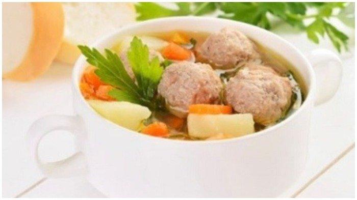 Rekomendasi Menu Sahur - Resep Sup Bola Ayam untuk Sahur Sehat Bulan Ramadan