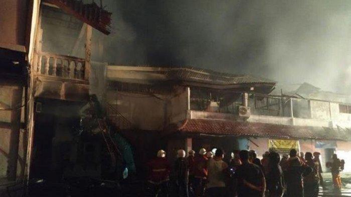 Bintang Supermarket Langganan Bule di Bali Terbakar, 14 Blok Bangunan Ludes