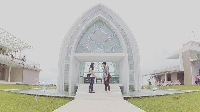 Liburan Bersama Pasangan, Ini 4 Tempat Wisata Romantis di Semarang yang Bisa Dikunjungi