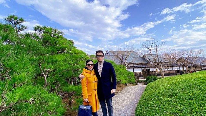 Liburan Artis - Deretan Selebriti Liburan Tahun Baru 2020 ke Jepang, Syahrini hingga Maia Estianty