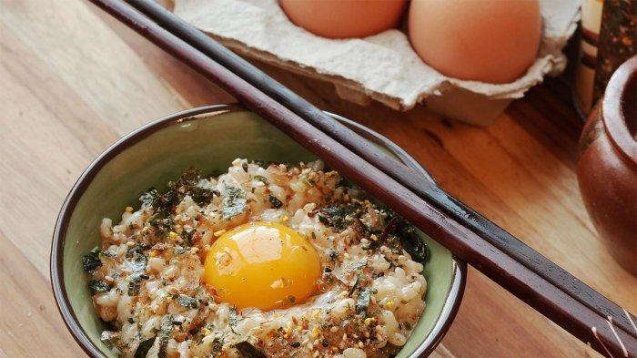 4 Alasan Orang Jepang Suka Sarapan Telur Mentah