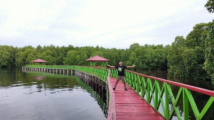 Wisata Hutan Mangrove Dudepo, Tempat Asyik untuk 'Family Time' saat Liburan Akhir Pekan