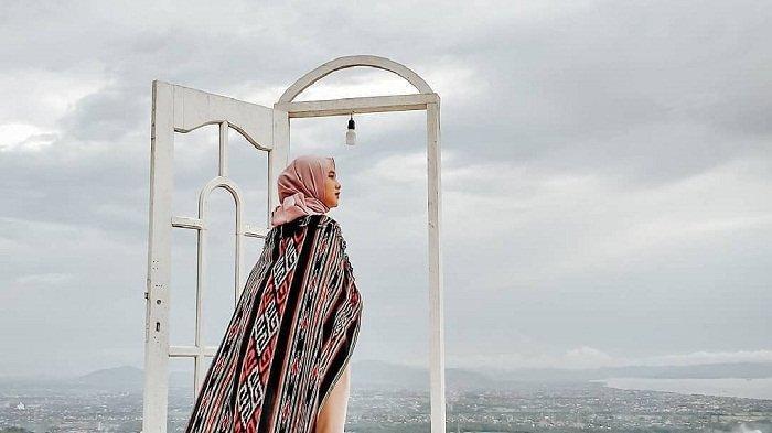 TRAVEL UPDATE : Taman Langit Lombok, Tempat Wisata yang Pas untuk Menikmati Indahnya Kota Mataram