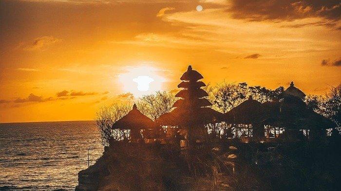 Informasi Terbaru Harga Tiket Masuk Tanah Lot Bali 2020