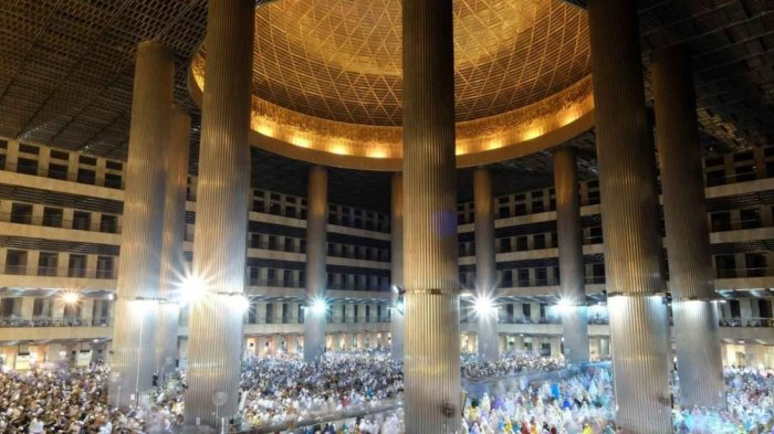 Bagian Dalam Masjid Istiqlal