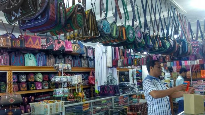 Oleh-oleh Aceh - Jual Produk Lokal, Toko di Aceh Utara Ini Sediakan Ragam Suvenir Khas