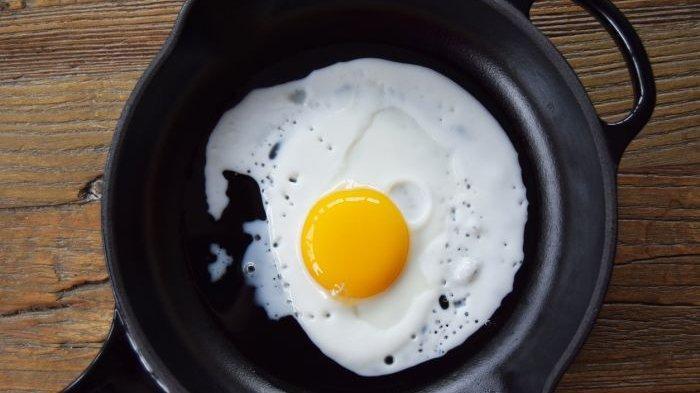 Telor ceplok untuk sarapan pagi