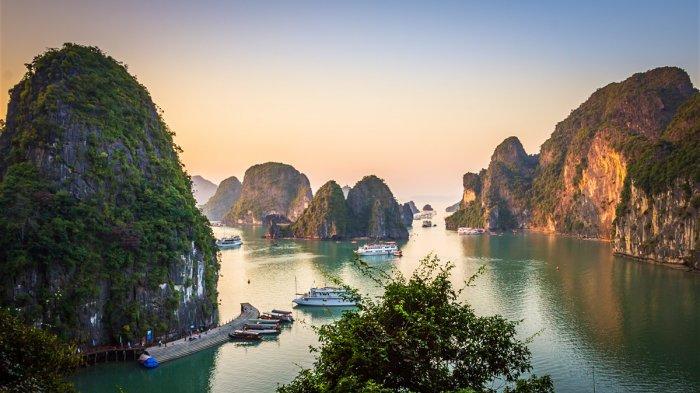 5 Tempat Wisata Menarik di Vietnam, dari Ha Long Bay Hingga The Sand Dunes yang Menawan