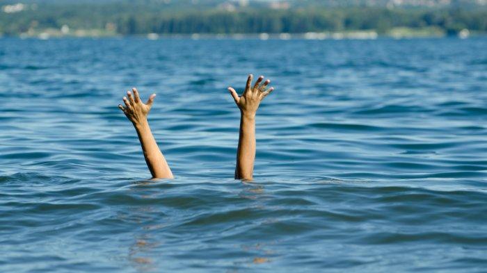 Coba Selamatkan Ketiga Anaknya yang Terseret Ombak Ganas, Wanita Ini Ditemukan Terdampar di Pantai