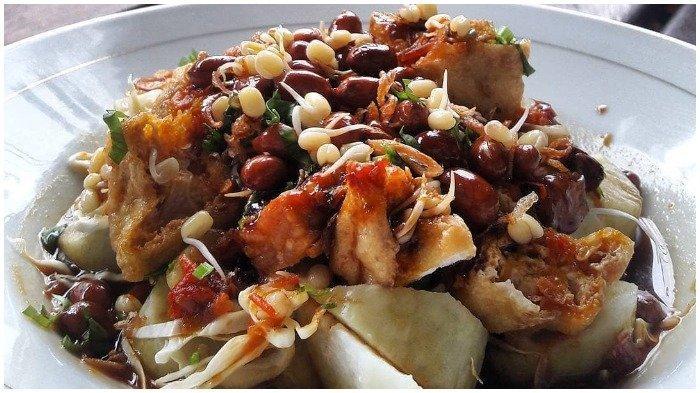 5 Kuliner Enak di Ngawi Buat Menu Sarapan, Icip Manis Gurihnya Intip Ketan Ditaburi Parutan Kelapa