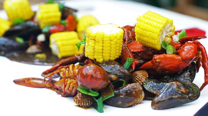The Crabbys Jogja - Mulai Rp 20 Ribu, Udah Puas Nikmati Sensasi Makan Kepiting Raksasa Tanpa Piring