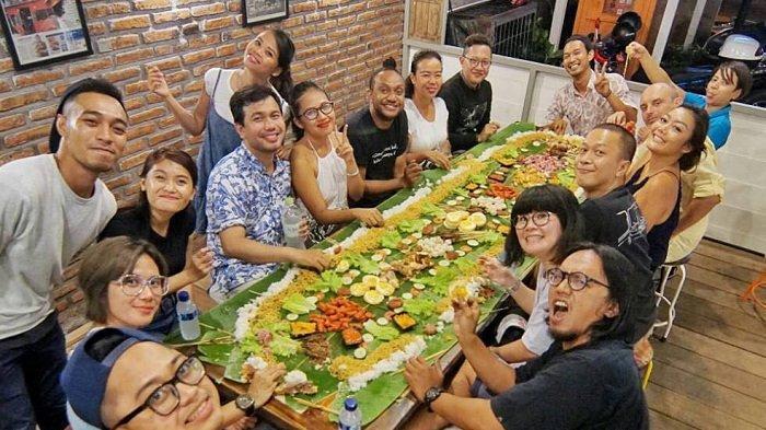 7 Tradisi Unik Menyambut Bulan Ramadan di Indonesia, Ada Dugderan hingga Megibung