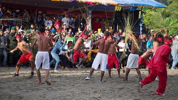 7 Tradisi Unik Sambut Lebaran di Berbagai Daerah Indonesia