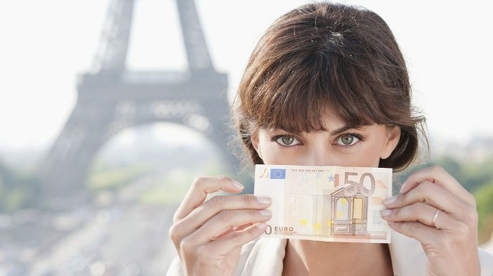 4 Tips Aman dan Sederhana untuk Membawa Uang Saat Traveling, Termasuk Sediakan Uang Tunai Darurat