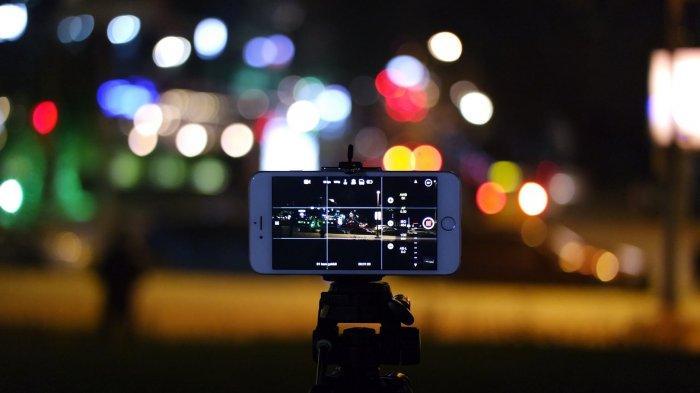 6 Tips Fotografi Sederhana Meski Minim Cahaya, Hindari Penggunaan Flash hingga Gunakan Fitur Ponsel