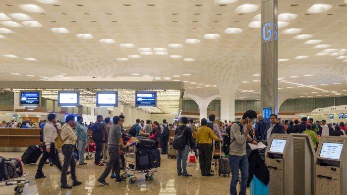 Staf Bandara India Pasang Tarif Rp 771 Ribu untuk Palsukan Dokumen dan Bebaskan Turis dari Karantina