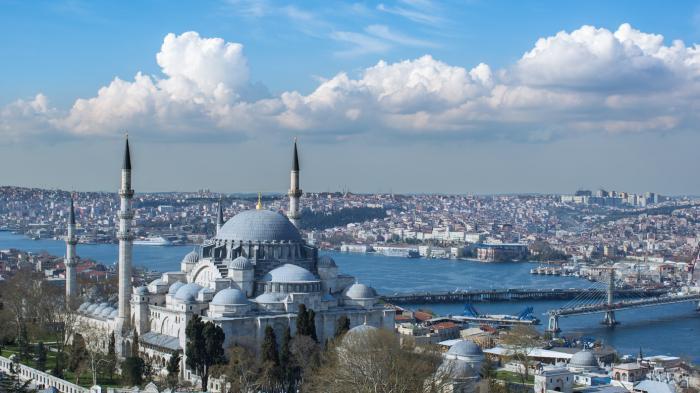 Wisata Religi ke Turki? Inilah 3 Destinasi yang Bisa Dikunjungi Saat Ramadan di Istanbul