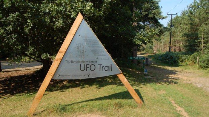Ufo Trail di Rendlesham forest, Capel Saint Andrew, Inggris