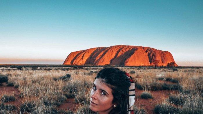 Mengenal Lebih Dekat Uluru, Batu Terbesar di Dunia yang Berukuran Lebih dari 3 Kilometer