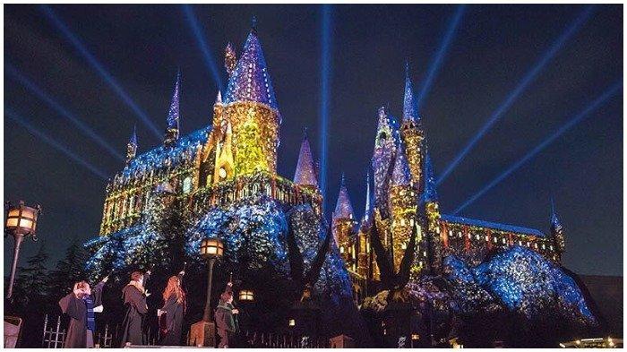Perbedaan Disney World dan Universal Studios, Termasuk Jenis Wahana dan Daya Tariknya