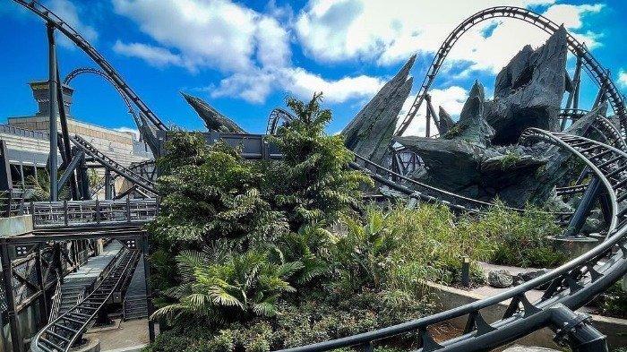 Wahana VelociCoaster Jurrasic World Universal Studio Orlando Dibuka Kembali Juni 2021, Seperti Apa?