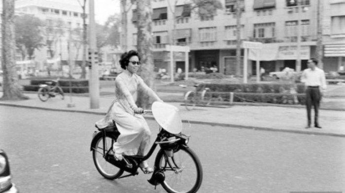 Ho Chi Minh City - Vintage Abis! Begini 10 Potret Perempuan Vietnam Tahun 60-an, Jadul tapi Stylish