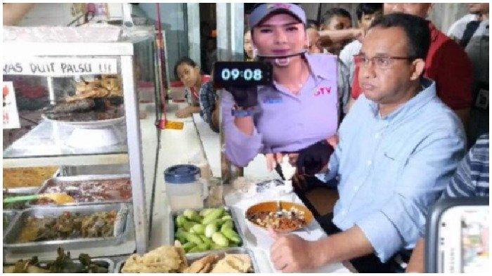 Viral foto Gubernur DKI Jakarta, Anies Baswedan makan di warteg