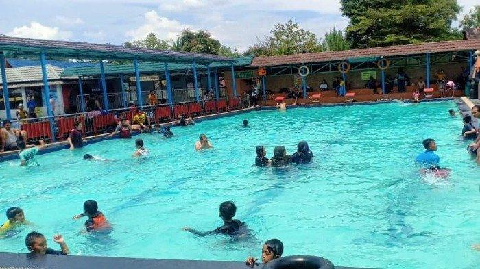 Wahana kolam renang di Villa Kancil