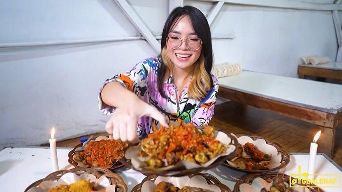 Langganannya Istri Denny Cagur, Warung Ayam Milik Artis FTV Ini Sehari Habiskan 12 Kg Cabai Rawit