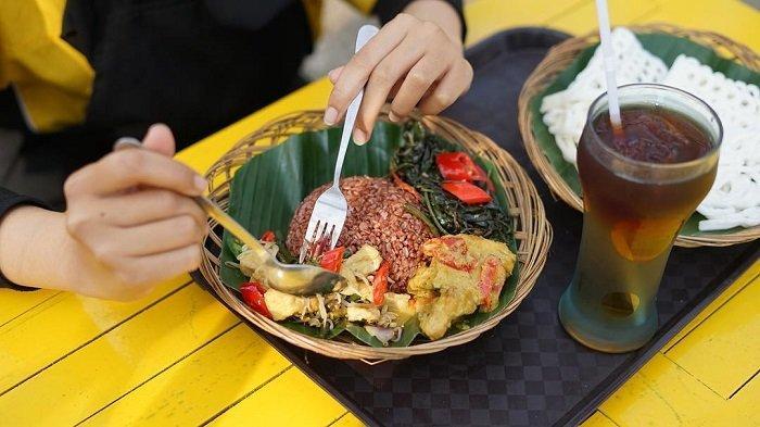 Cari Kuliner Tengah Malam di Malang? Coba 10 Tempat Makan 24 Jam Ini