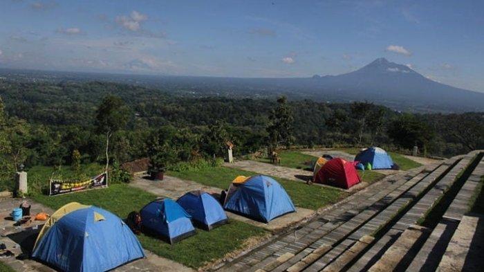 Informasi Tarif Kemah, Camper Van, dan Homestay di Watu Tapak Camp Hill Terbaru 2021