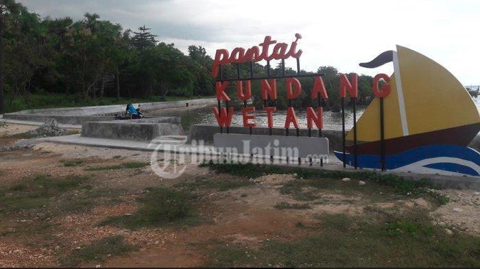 Pemdes Tanjung Sumenep Fasilitasi Pesisir Kundang Wetan Jadi Pantai Cantik untuk Tarik Wisatawan