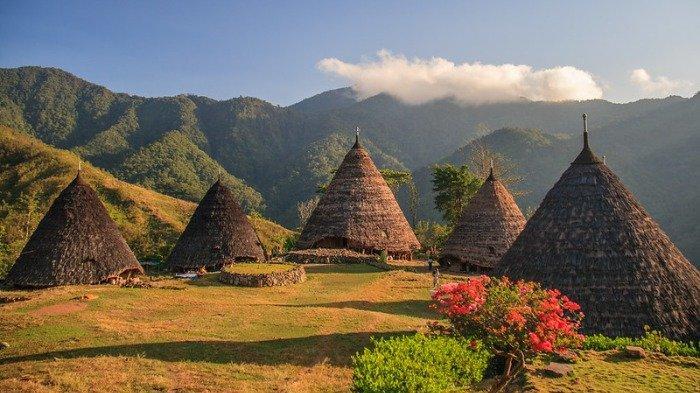 Wisata Kampung Adat Wae Rebo Nusa Tenggara Timur Kembali Dibuka