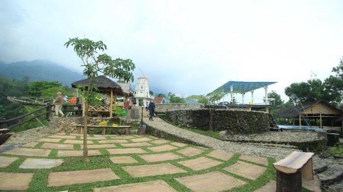 Pesona Lembah Nirwana, Wisata Alam di Jawa Tengah yang Punya Spot Instagramable
